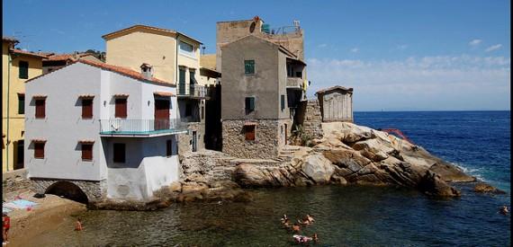 Giglio Island beaches: Giglio Porto