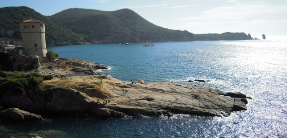 isola del giglio a tappe: Giglio Campese