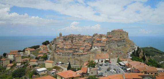 isola del Giglio a tappe: Giglio Castello